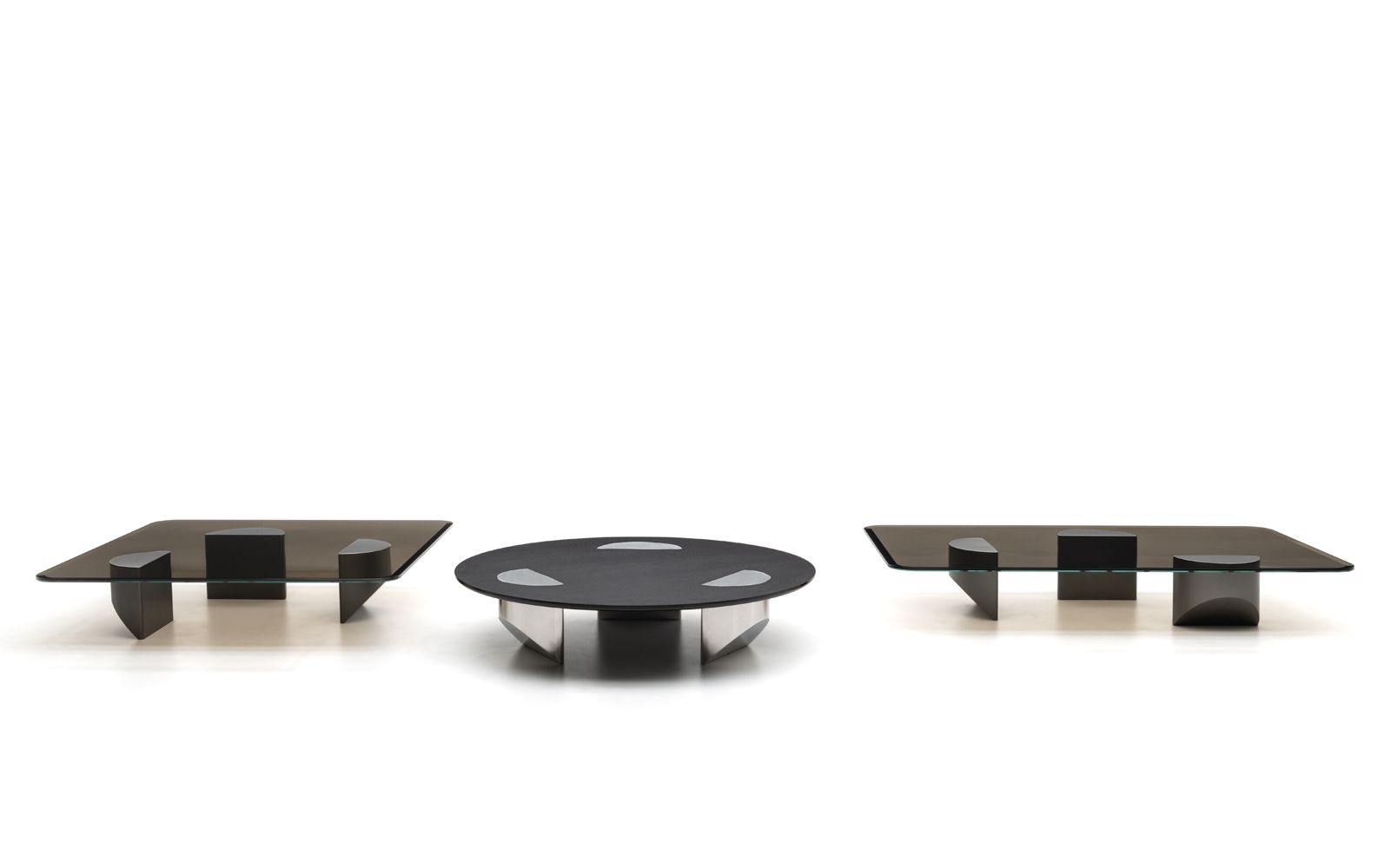 Picture of: Wedge Coffee Tables En